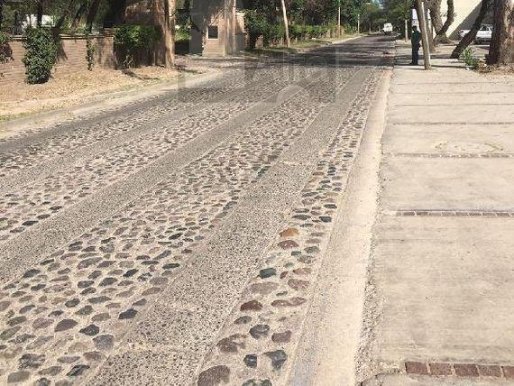 """Renta de Locales comerciales en renta Blvd. La  Luz col. Brisas del Campo/<span itemprop=""""addressLocality"""">León</span> (Guanajuato)"""
