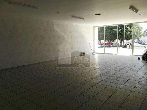 """Local comercial en renta, sobre Blvd. Francisco Villa, col. El Mirador Oriental /<span itemprop=""""addressLocality"""">León</span> (Guanajuato)"""