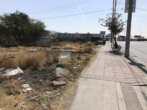 "Terreno en renta sobre Blvd Morelos 3000m2 <span itemprop=""addressLocality"">León</span>, Gto."