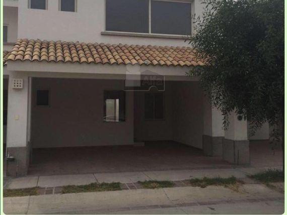 """Casa sola en venta en El Mayorazgo Residencial, <span itemprop=""""addressLocality"""">León</span>, Guanajuato"""