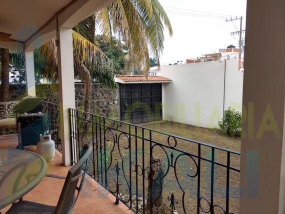 "Rento casa 3 recamarás amueblada Col. Jardines Tuxpan <span itemprop=""addressLocality"">Veracruz</span>, Jardines de Tuxpan"