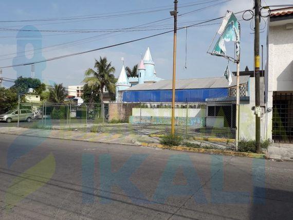 """Venta Terreno 234 m² en esquina Col. Cazones Poza Rica <span itemprop=""""addressLocality"""">Veracruz</span>, Cazones"""