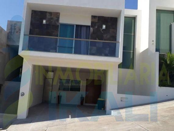 "Renta casas 3 recamaras amueblada lomas jardines tuxpan <span itemprop=""addressLocality"">Veracruz</span>, Jardines de Tuxpan"
