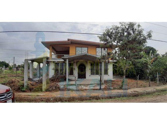 "Renta casa 4 recamaras semi-amueblada Col. <span itemprop=""streetAddress"">Emiliano Zapata</span> Tuxpan <span itemprop=""addressLocality"">Veracruz</span>, Emiliano Zapata"