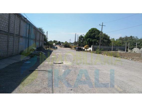"Venta Terreno 800 m² esquina Col. <span itemprop=""streetAddress"">La Victoria</span> Tuxpan <span itemprop=""addressLocality"">Veracruz</span>, La Victoria"