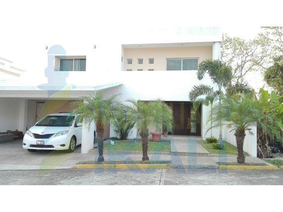 "Renta casa fraccionamiento AIMP Poza Rica <span itemprop=""addressLocality"">Veracruz</span> 3 rec., A I M P"