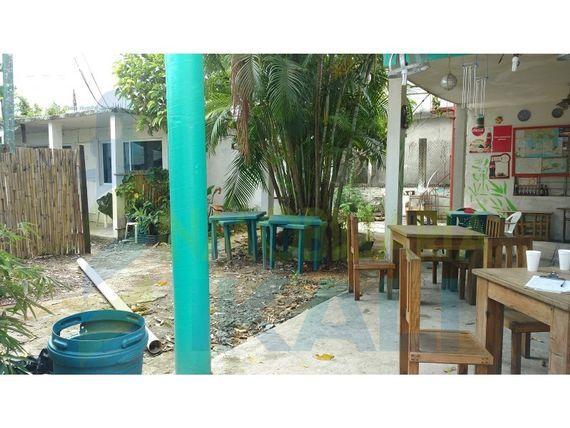 "Venta casa con bloque de habitaciones 7 recamaras a un costado del issste tuxpan <span itemprop=""addressLocality"">Veracruz</span>, <span itemprop=""streetAddress"">Zapote Gordo</span>"