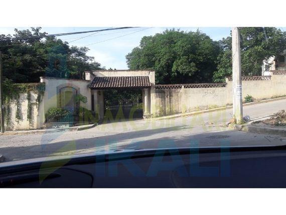 "Venta Terreno 1800 m² Colonia Tepeyac Poza Rica <span itemprop=""addressLocality"">Veracruz</span>, Tepeyac"