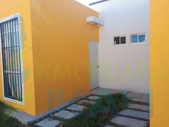 "Renta Casa 4 recamaras Amueblada Col. Petropolis Tuxpan <span itemprop=""addressLocality"">Veracruz</span>, Villa Rosita II"