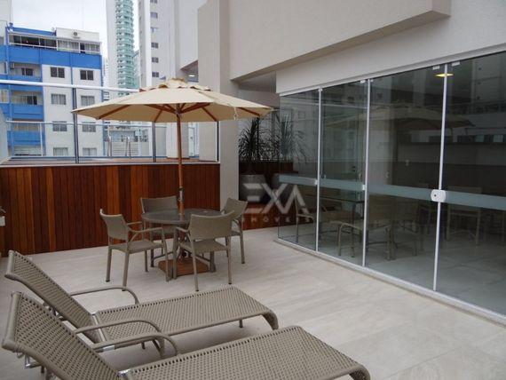 """Cobertura duplex com piscina privativa no <span itemprop=""""addressLocality"""">Centro</span> de Balneário Camboriú - EXA Imóveis."""