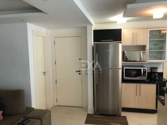 "Apartamento 3 dormitório, sendo uma suíte, <span itemprop=""addressLocality""><span itemprop=""streetAddress"">Centro</span></span> - Balneário Camboriú"