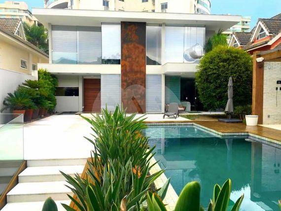 "Impressionante casa á venda, Condomínio Blue Houses, <span itemprop=""addressLocality"">Barra da Tijuca</span>"