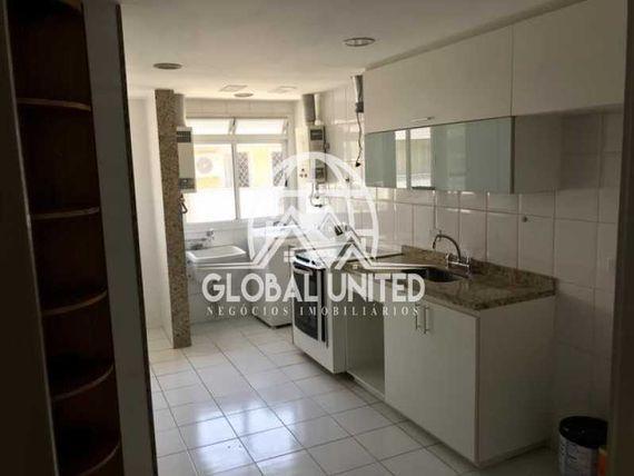 LINDA COBERTURA DUPLEX na Freguesia no Condomínio Recanto Verde com 161m²
