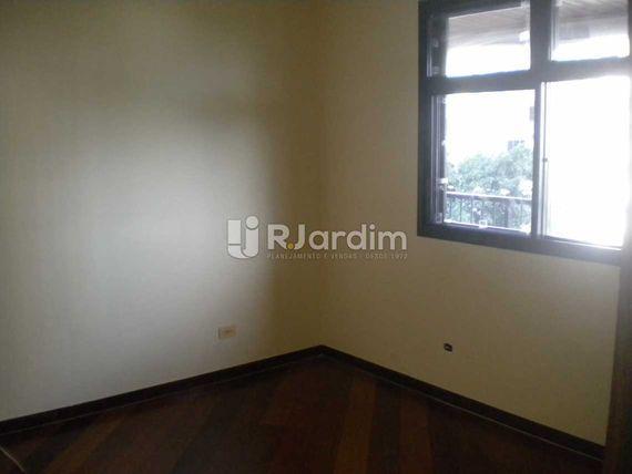 "Apartamento-À VENDA-<span itemprop=""addressLocality"">Humaitá</span>-Rio de Janeiro"