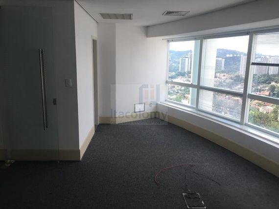 Conjunto comercial - 255 m²  - 5 vagas - Monte Carlo