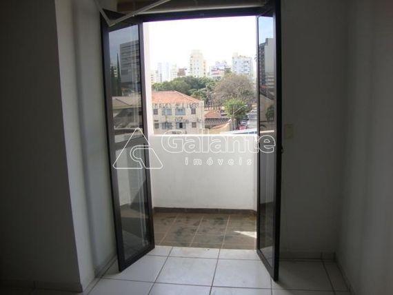 "Sala à venda em <span itemprop=""addressLocality"">Centro</span>"