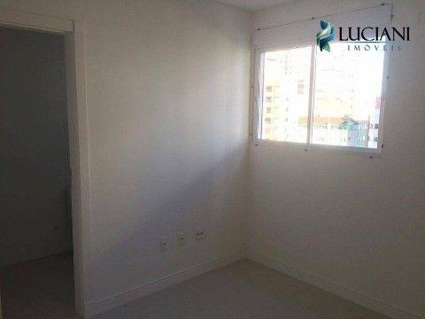 "Apartamento em <span itemprop=""addressLocality"">Meia Praia</span>!"