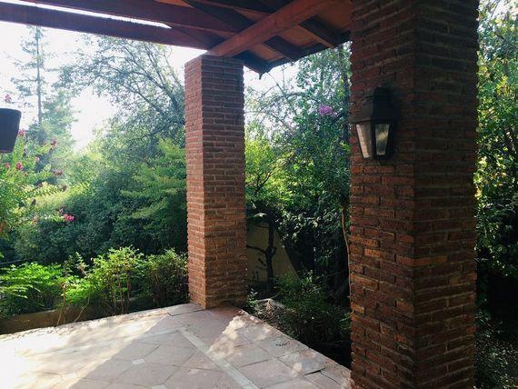 Gran Casa luminosa, 4D/4B + 2 serv y Sala Estar, Camino del Sol  y del Yunque
