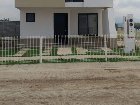 Casa en Residencial Muna