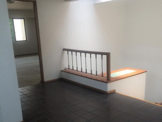 "Hermosa Residencia en Colonia <span itemprop=""addressLocality"">Florida</span>"