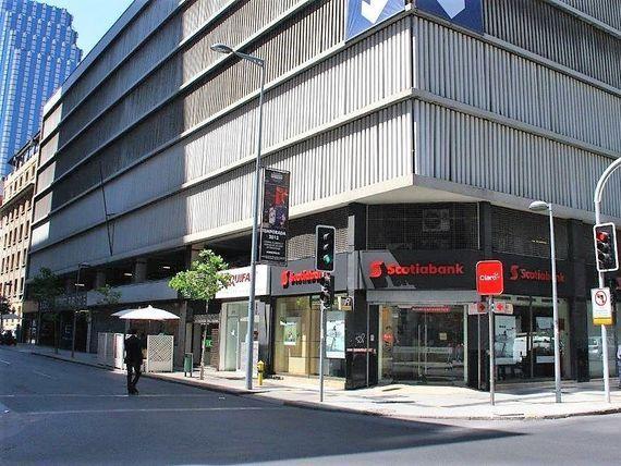 "Local comercial en <span itemprop=""addressLocality"">Santiago</span> centro con alto flujo Peatonal."