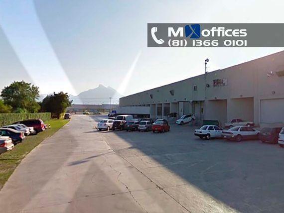 Nave industrial en renta de 1,300m2 sobre Av. Miguel Alemán, Apodaca