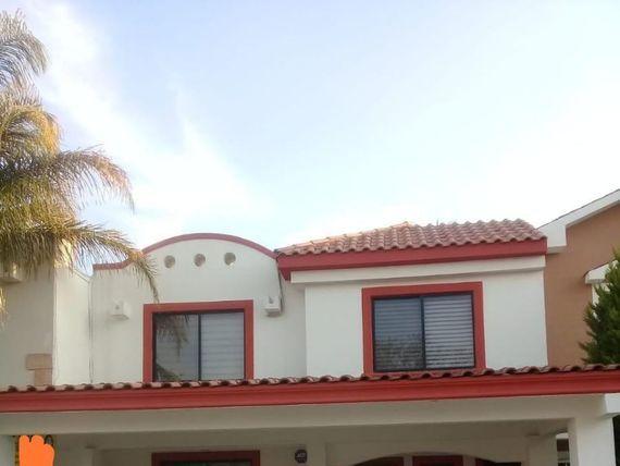 Casa en Hacienda Campestre