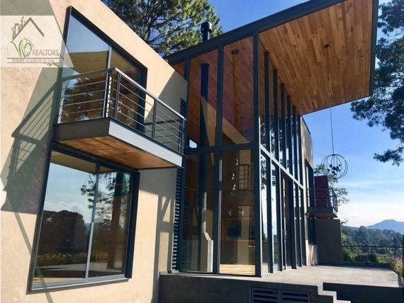 Casa Nueva en Venta en Avandaro