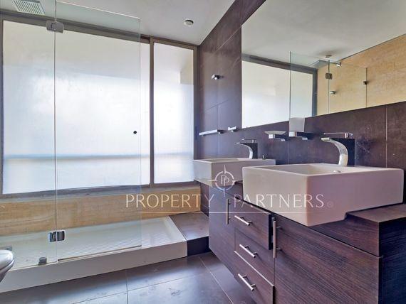 Exclusivo Departamento , elegante arquitectura, cercano a Costanera.