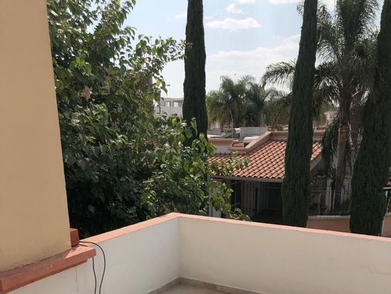 """Casa en <span itemprop=""""addressLocality"""">Brisas del Lago</span>"""