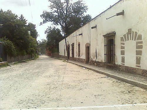 RANCHO A 30 MINUTOS DE CD. SATÉLITE,KM 70 MÉXICO-QUERÉTARO