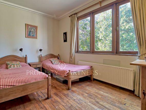 Linda casa en sector campestre, cercana  a Colegio Trewhela's.