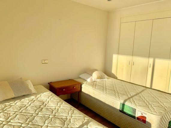 REBAJADO Arriendo departamento dos dormitorios con preciosa vista al mar.