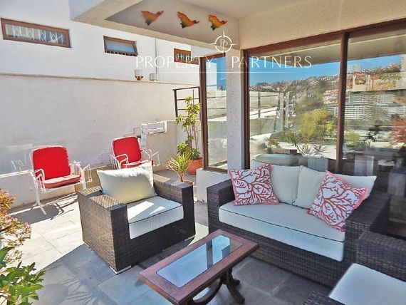 Preciosa Casa en Reñaca, linda vista y como nueva.!
