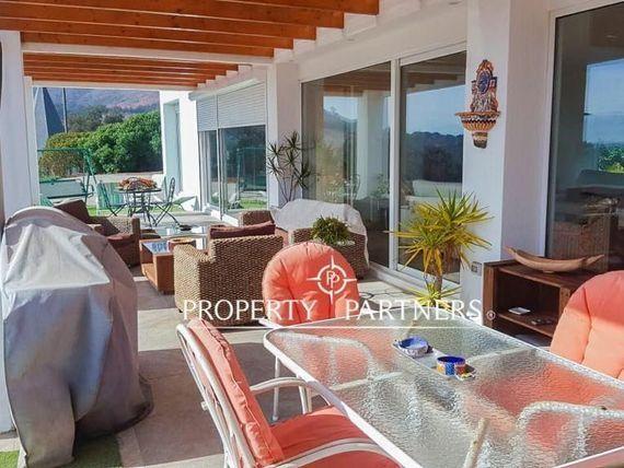 Nueva y moderna a casa en Marbella