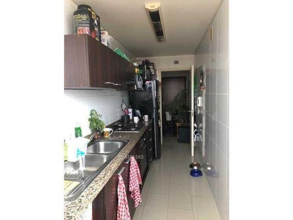 Cómodo y sólido departamento con muy buenos espacios