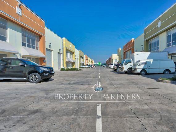 """Bodegas y oficinas en <span itemprop=""""addressLocality"""">Renca</span> cercano a Aeropuerto."""