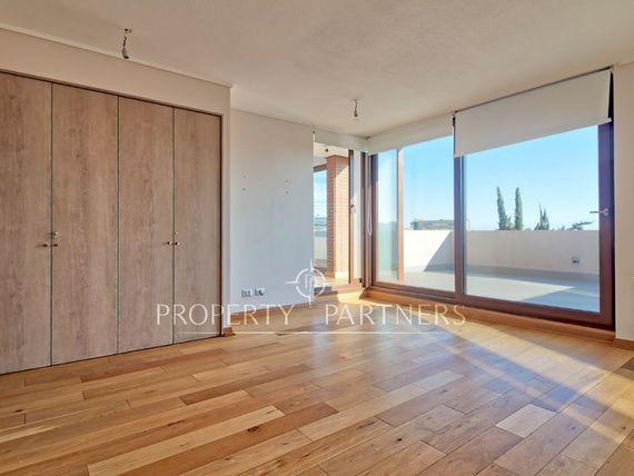 """Penthouse <span itemprop=""""streetAddress"""">Lo Matta</span> Gran Vista y Excelente Conectividad"""