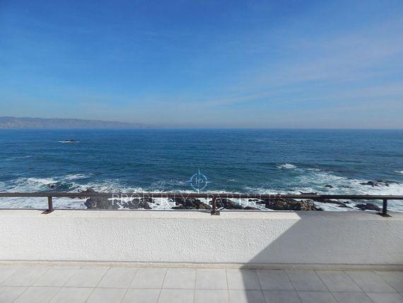 Maravillosa vista al Mar, primera linea. Departamento Duplex.