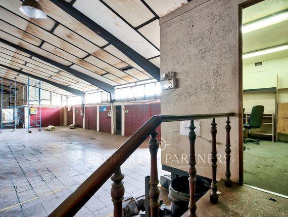 "Bodega Barrio Industrial <span itemprop=""addressLocality"">La Reina</span>."