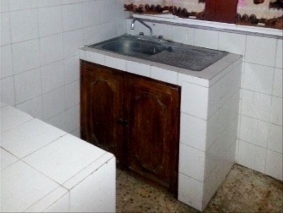 VENTA DE EDIFICIO CON 3 DEPTS. EN EXCELENTE UBICACIÓN  CERCA DEL IMSS CUERNAVACA