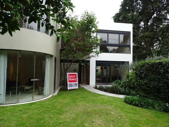 "Casa Moderna en <span itemprop=""addressLocality"">San Angel</span>"