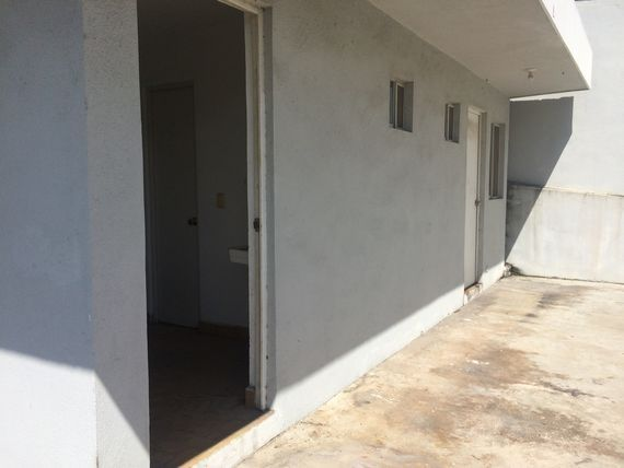 Casa residencial con uso de suelo comercial
