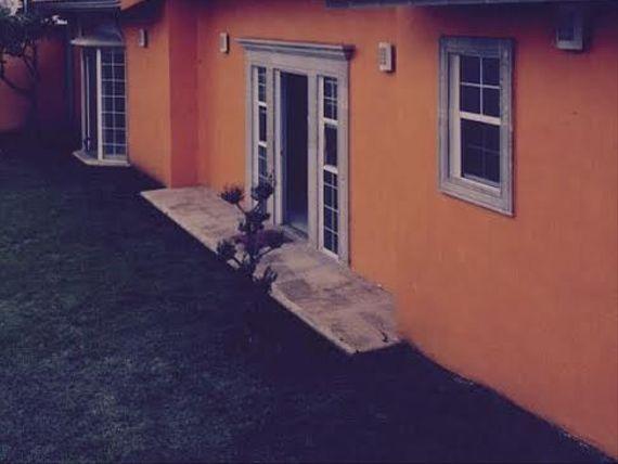 """Bonita Casa en <span itemprop=""""addressLocality"""">Cuernavaca</span>, Morelos <span itemscope="""""""" itemtype=""""http://schema.org/TradeAction""""><span itemprop=""""price"""">$ 8.000.000</span></span>mx."""