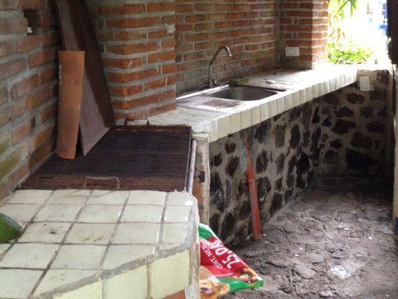 """Bonita Casa al Norte de <span itemprop=""""addressLocality"""">Cuernavaca</span> en Pueblo, Escriturada """"Vendo como Terreno"""""""