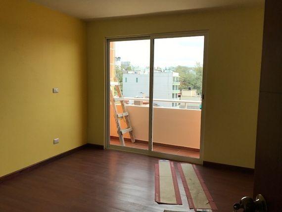 Casa nueva en venta, entre Araucarias y Lázaro C. (Ánimas)