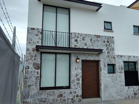 """Casa en Venta en <span itemprop=""""addressLocality"""">Juriquilla</span>. Casa Nogal. Ubicación Única.  Privada. Gym. Alberca"""