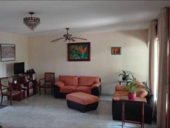 """Rento casa 4 recámaras + estudio <span itemprop=""""addressLocality"""">Cuernavaca</span>"""