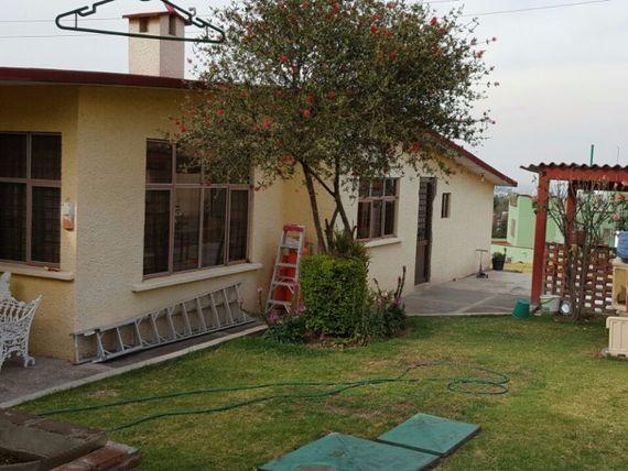 Bonita y Amplia Casa sola en Venta.