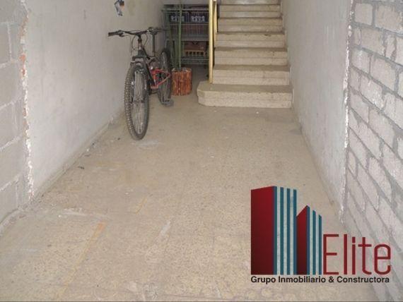 Inversión, Bodega Comercial en Venta, Cerca de Bernardo Quintana